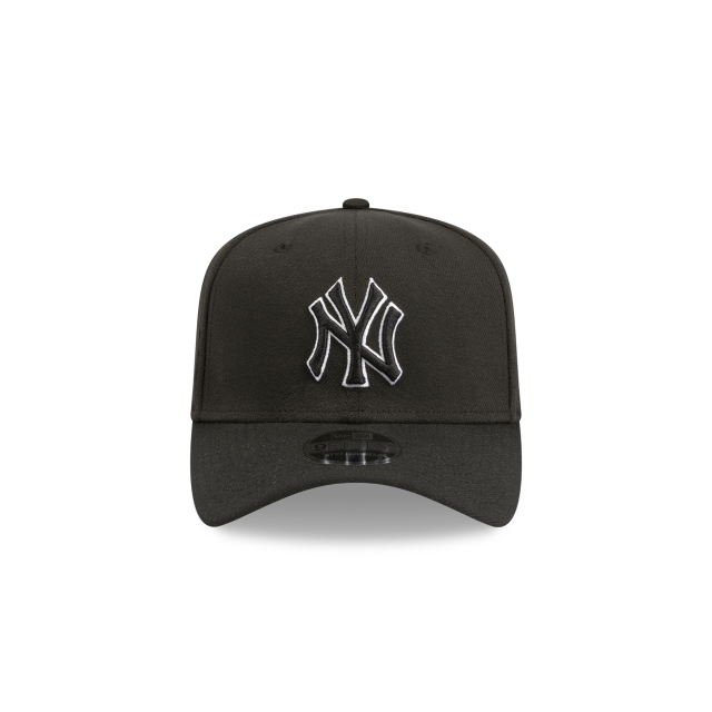 NEW YORK YANKEES BLACK 9FIFTY STRETCH SNAPBACK Front view
