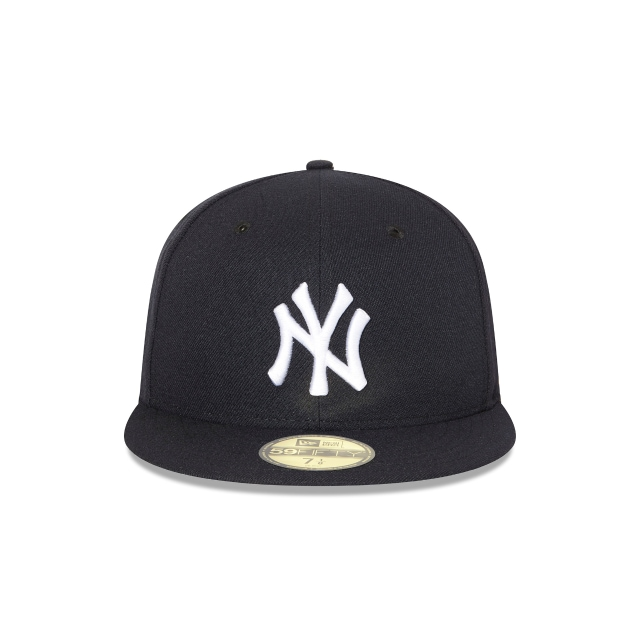 NEW YORK YANKEES AUTHENTIC COLLECTION 59FIFTY FITTED Front view