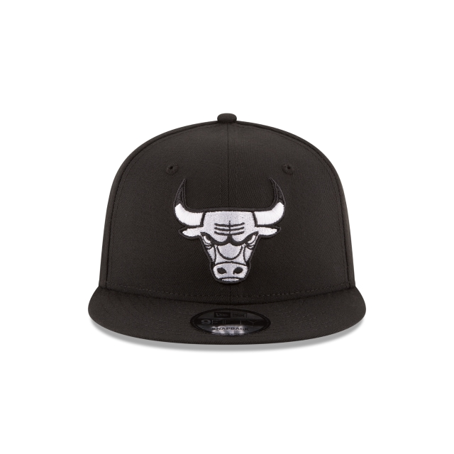 CHICAGO BULLS BLACK 9FIFTY Front view