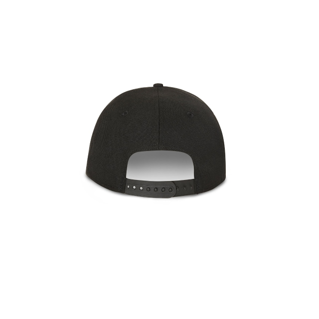 NEW YORK YANKEES BLACK ON BLACK 9FIFTY SNAPBACK Rear view