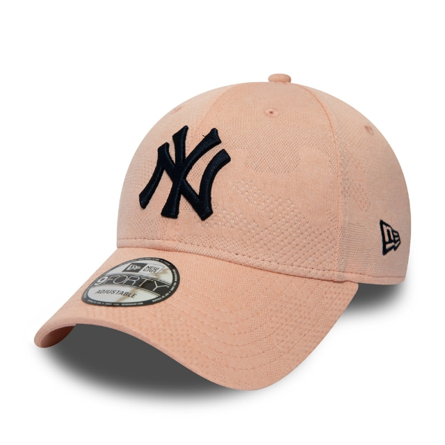 New York Yankees Engineered Plus Blush 9FORTY | New York Yankees Hats | New Era Cap