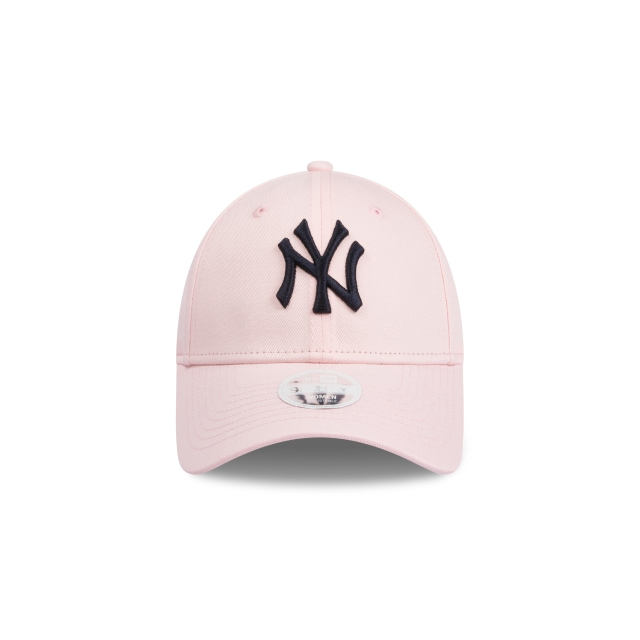 New York Yankees Blossom Womens 9FORTY | New York Yankees Hats | New Era Cap