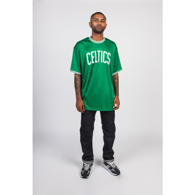 Boston Celtics Green Wordmark Tipping T-shirt | Boston Celtics Basketball Caps | New Era Cap