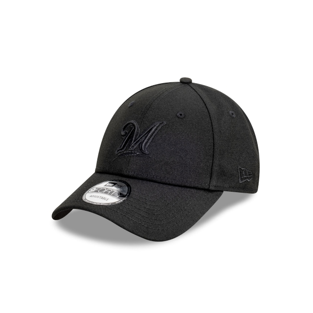 Milwaukee Brewers Black On Black 9FORTY | Milwaukee Brewers Hats | New Era Cap