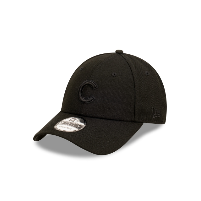 Chicago Cubs Black On Black 9FORTY | Chicago Cubs Hats | New Era Cap