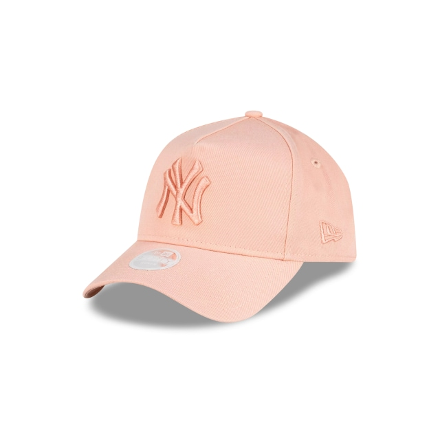 New York Yankees Tonal Blush Womens 9FORTY A-frame Cloth Strap | New York Yankees Hats | New Era Cap