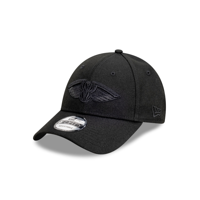 New Orleans Pelicans Black On Black 9FORTY | New Orleans Pelicans Hats | New Era Cap