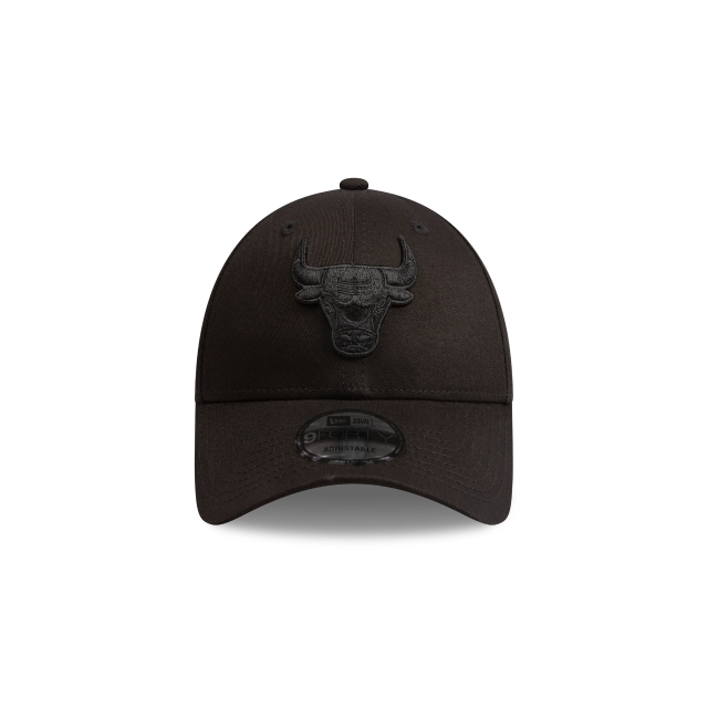 Chicago Bulls Black On Black 9FORTY | Chicago Bulls Hats | New Era Cap